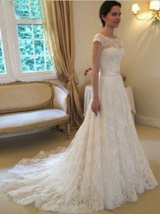 A-line/Princess Scoop Court Train Lace Wedding Dress