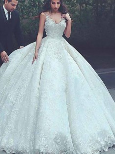 Ball Gown Spaghetti Straps Sweep/Brush Train Lace Tulle Wedding Dress