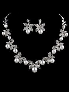 Alloy with Pearl Jewelry Set