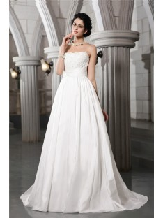 A-Line/Princess Strapless Court Train Taffeta Wedding Dress