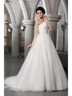 A-Line/Princess One-Shoulder Chapel Train Organza Wedding Dress