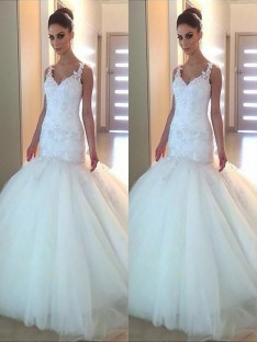 Mermaid V-neck Tulle Court Train Wedding Dress