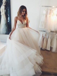 Ball Gown Spaghetti Straps Sleeveless Crystal Court Train Tulle Wedding Dress
