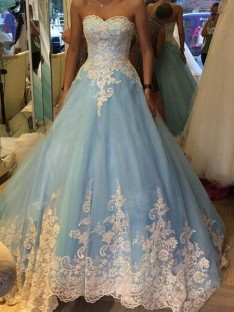 Ball Gown Sweetheart Sleeveless Tulle Sweep/Brush Train Dresses