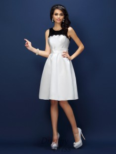 Sheath/Column Bateau Lace Knee-Length Satin Bridesmaid Dress