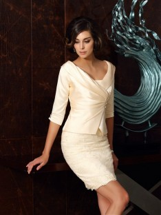 Sheath/Column Strapless Satin Short/Mini Mother of the Bride Dress