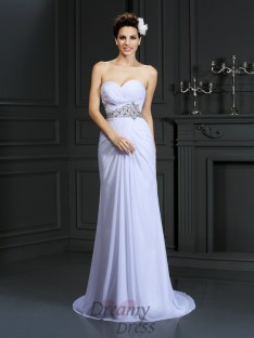 Sheath/Column Sweetheart Chapel Train Chiffon Wedding Dress