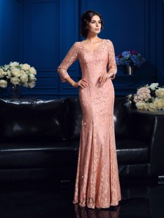 Sheath/Column V-neck Long Lace Mother Of The Bride Dress