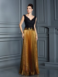 Sheath/Column V-neck Pearls Floor-Length Organza Dress