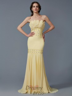 Trumpet/Mermaid Strapless Sweep/Brush Train Chiffon Dress