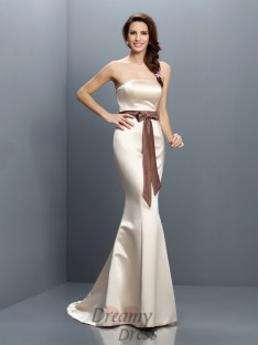 Trumpet/Mermaid Strapless Sweep/Brush Train Satin Bridesmaid Dress