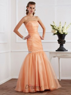 Trumpet/Mermaid Strapless Tulle Floor-Length Dress