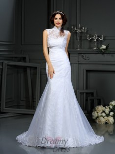 Trumpet/Mermaid Sweetheart Lace Court Train Satin Wedding Dress