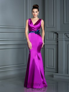 Trumpet/Mermaid V-neck Elastic Woven Satin Long Dress