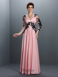 V-neck 3/4 Sleeves Chiffon Long Dress